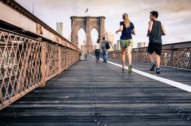 Joggen auf der Brücke