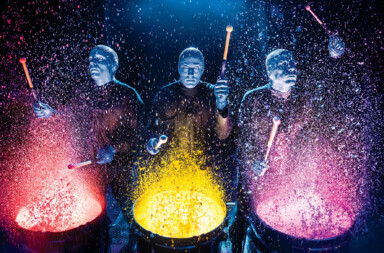 Blue Man Group in Aktion